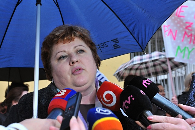 Na snímke predsedníčka Odborového združenia sestier a pôrodných asistentiek  (OZ SaPA) Monika Kavecká
