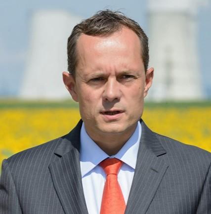 Na snímke predseda mimoparlamentnej politickej strany  #Sieť Radoslav Procházka