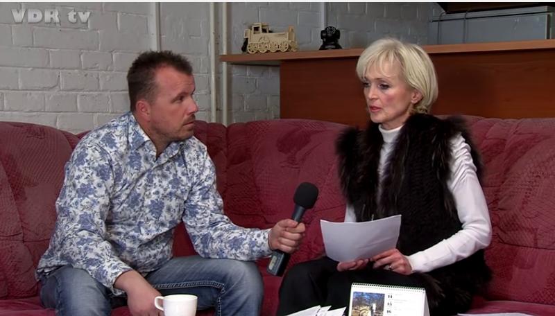 Screenshot z relácie O minútu 12 televízie VDR TV