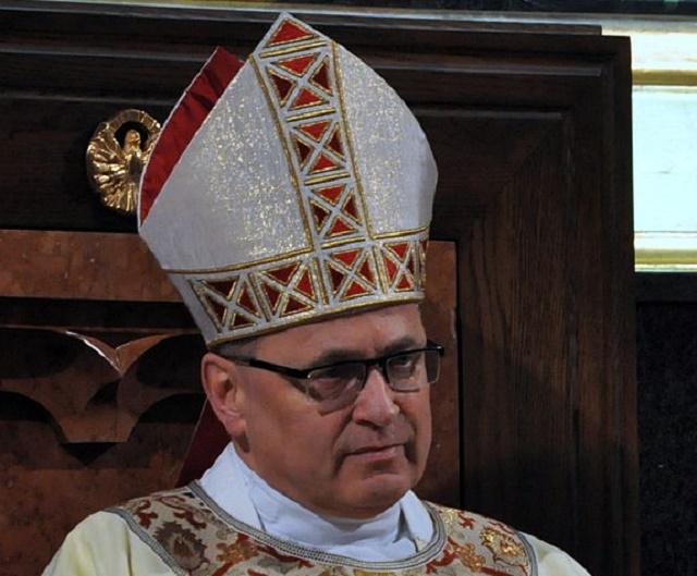 Na snímke Wieslaw Mering, predseda poľskej konferencie biskupov