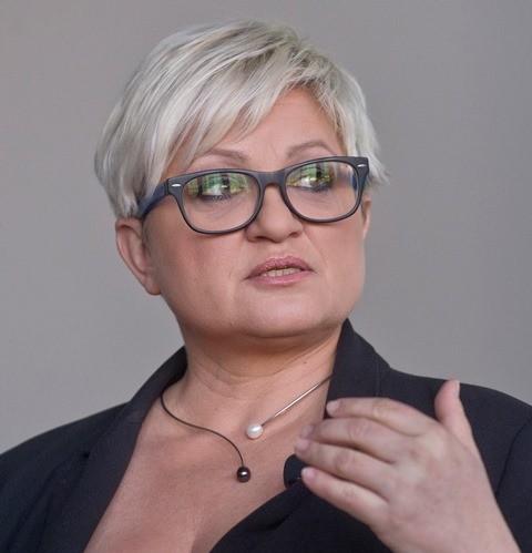 Na snímke predsedníčka strany Šanca Eva Babitzová