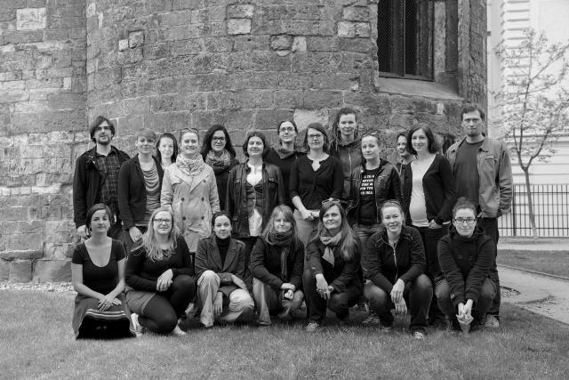 Spoločná fotografia proimigrantských aktivistov z organizácie META - spoločnosti pre príležitosti mladých migrantov