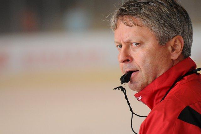 Na snímke tréner Dušan Gregor