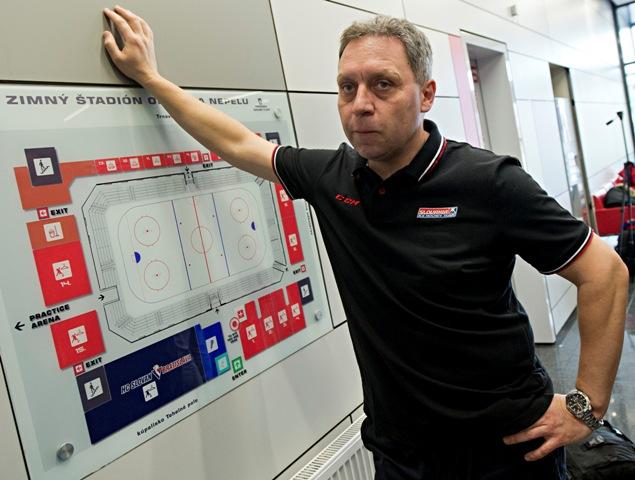 Na snímke tréner Olympijského tímu SR Peter Oremus