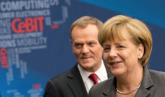 Na snímke nemecká kancelárka Angela Merkelová a predseda Európskej rady Donald Tusk