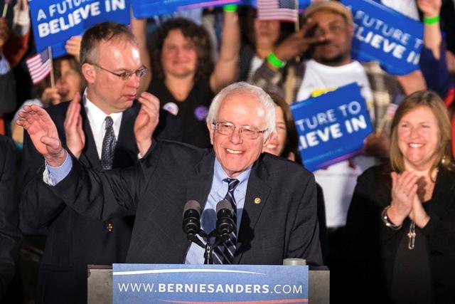 Na snímke demokratický americký prezidentský kandidát Bernie Sanders