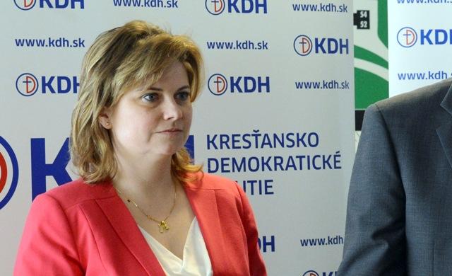 Na snímke podpredsedníčka KDH pre školstvo Miroslava Szitová
