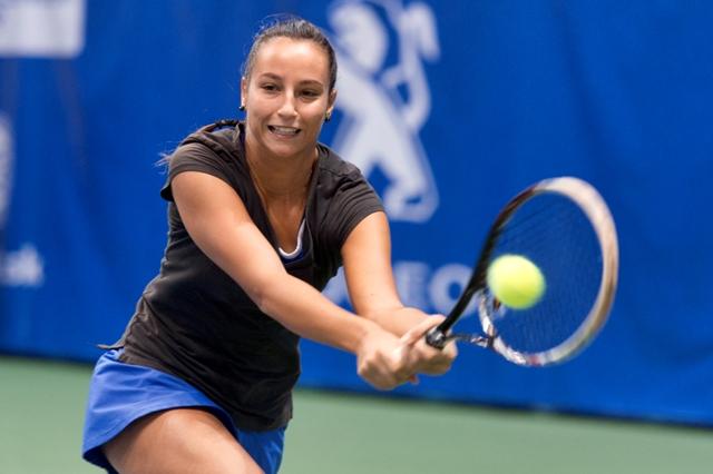 Na snímke slovenská tenistka Lenka Juríková