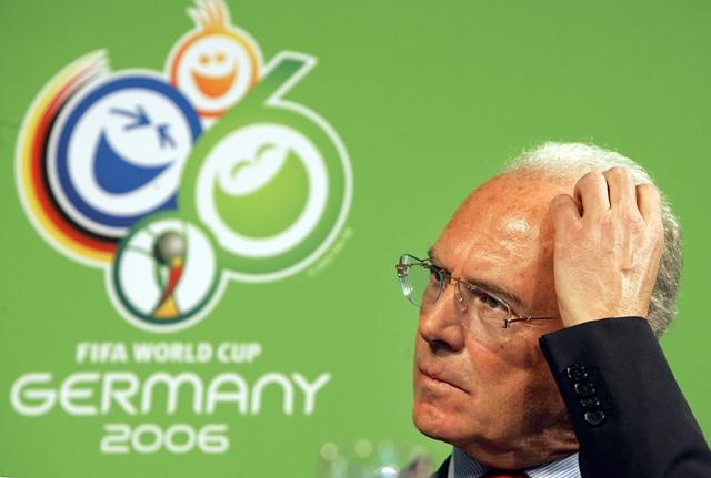 Na snímke nemecká futbalová legenda Franz Beckenbauer