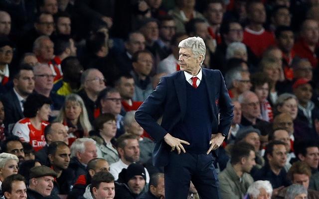 Na snímke tréner Arsenalu Arsene Wenger