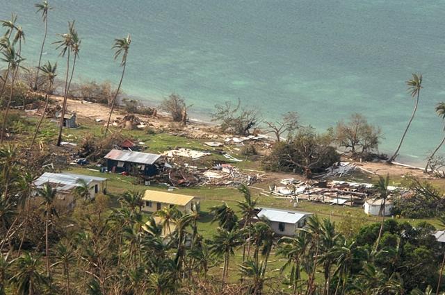 Na leteckej snímke zničené domy po vyčíňaní tropickej cyklóny Winston v dedine Susui na Fidži 21. februára 2016