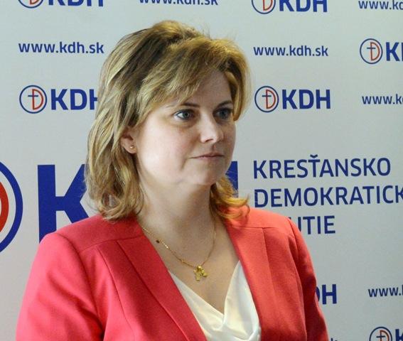 Na snímke podpredsedníčka KDH Miroslava Szitová