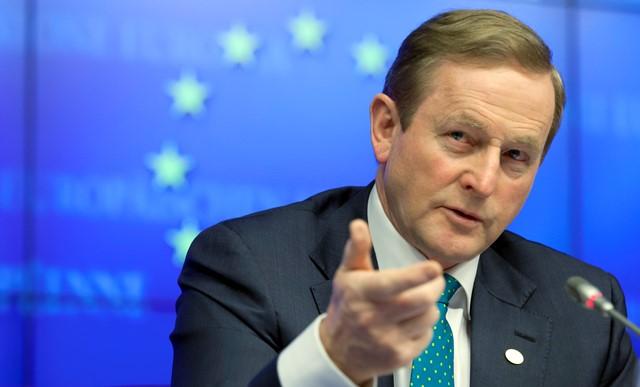 Na snímke írsky premiér Enda Kenny