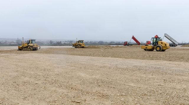 Na snímke výstavba priemyselného parku v Nitre - Drážovciach