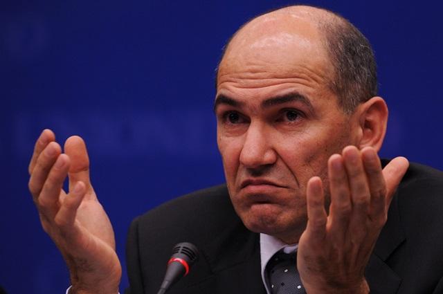 Na snímke líder slovinskej opozície a šéf tamojšej SDS Janez Janša