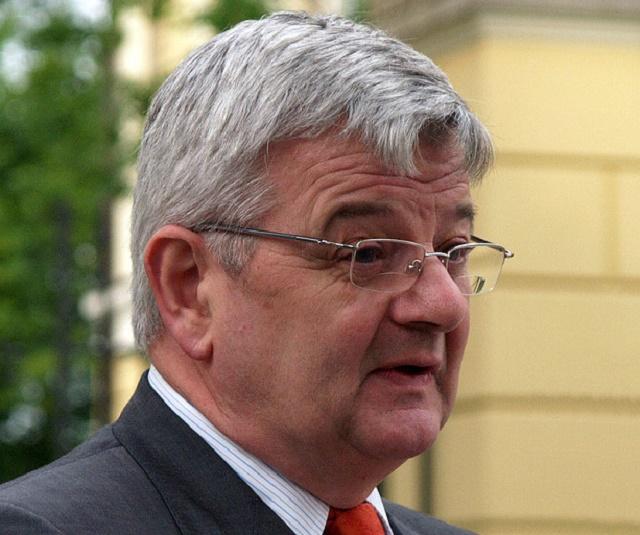 Na snímke bývalý nemecký vicekancelár Joschka Fischer