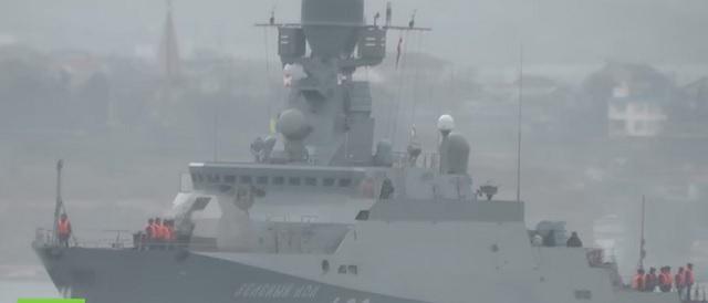 Na snímke z videa  loď Zeljonyj dol