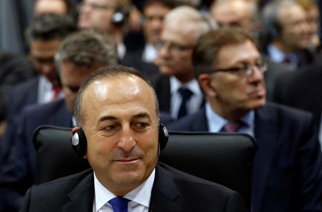 Na snímke šéf tureckej diplomacie Mevlut Cavusoglu
