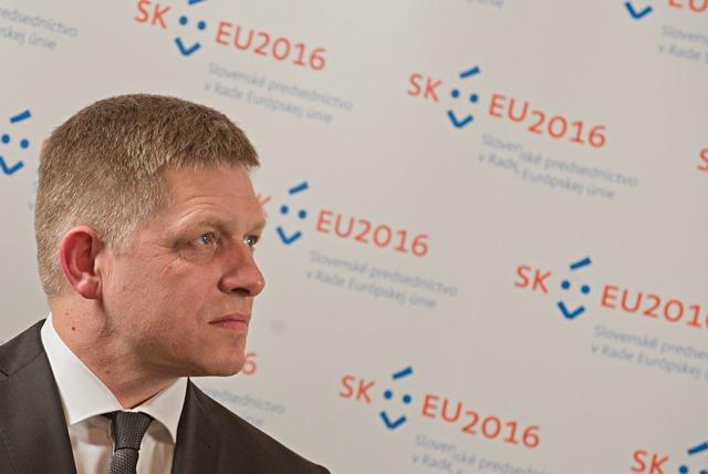 Na snímke premiér SR Robert Fico počas tlačovej konferencie po oficiálnom predstavení loga slovenského predsedníctva v Rade Európskej únie