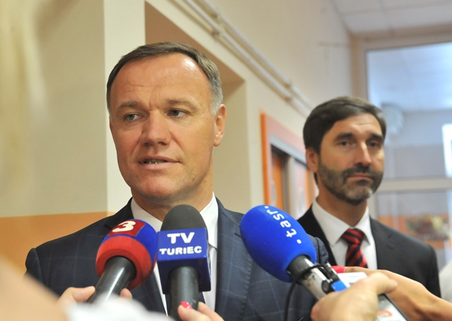 Na snímke minister zdravotníctva Viliam Čislák