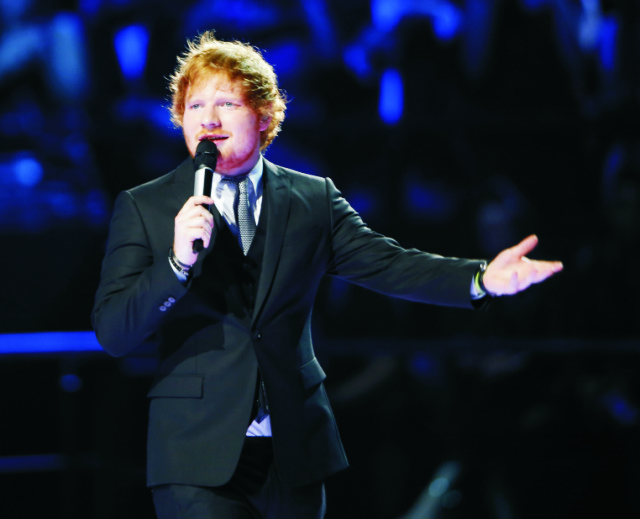 Anglický spevák a textár Ed Sheeran