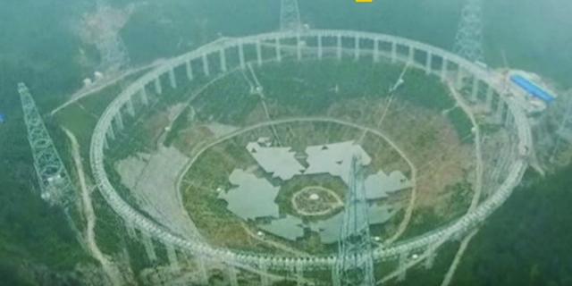 V Číne presťahujú 9 tisíc ľudí kvôli začatiu prevádzky rádioteleskopu FAST