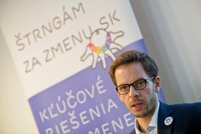 Na snímke výkonný riaditeľ Nadácie Zastavme korupciu Pavel Sibyla