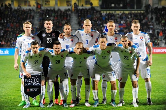 Na snímke slovenskí futbalisti