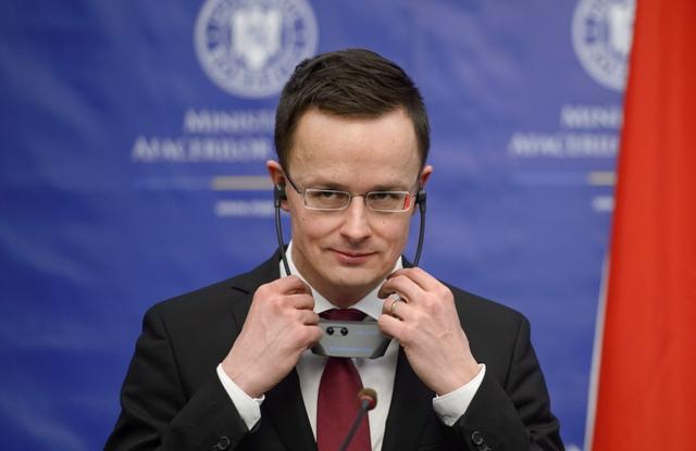Na snímke maďarský minister zahraničných vecí Péter Szijjártó