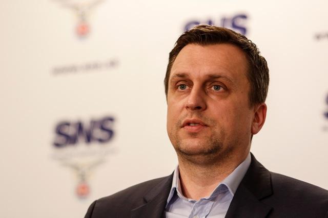Na snímke predseda Slovenskej národnej strany (SNS) Andrej Danko