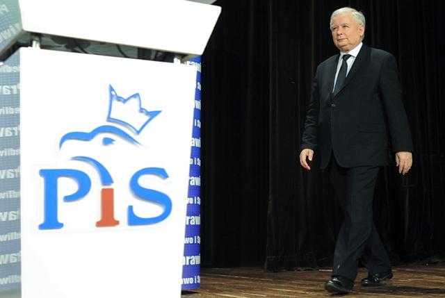 Na snímke predseda konzervatívnej strany Právo a spravodlivosť (PiS) Jaroslaw Kaczynski