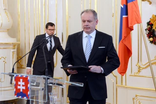Na snímke vpravo prezident SR Andrej Kiska