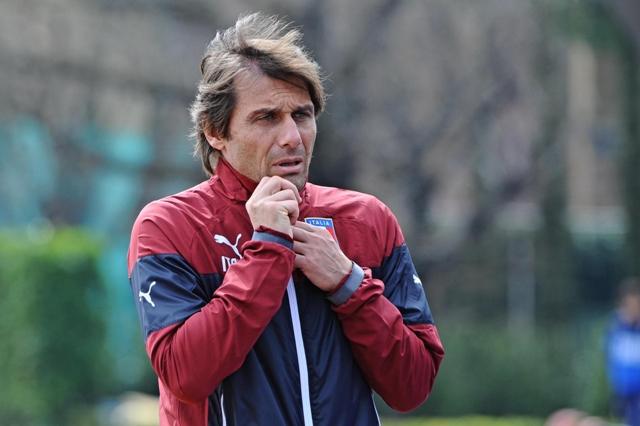Na snímke tréner talianskej futbalovej reprezentácie Antonio Conte