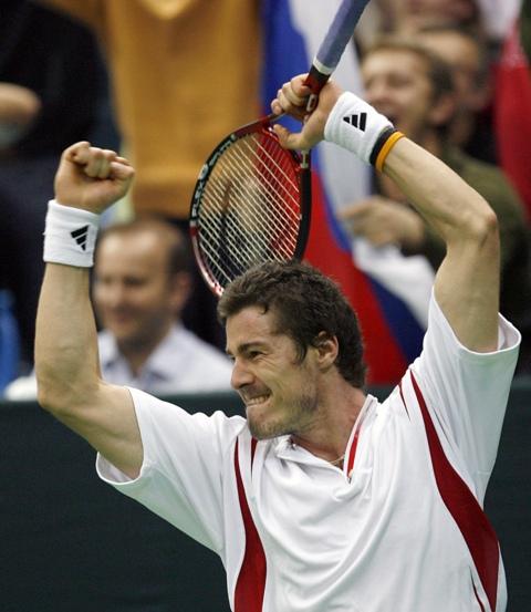 Na snímke ruský tenista Marat Safin