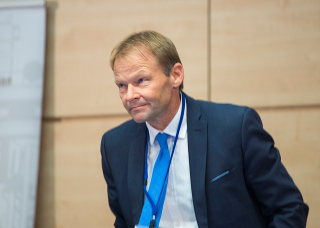 Na snímke minister hospodárstva SR Vazil Hudák