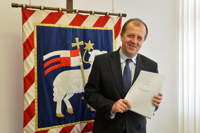 Na snímke primátor Trenčína Richard Rybníček