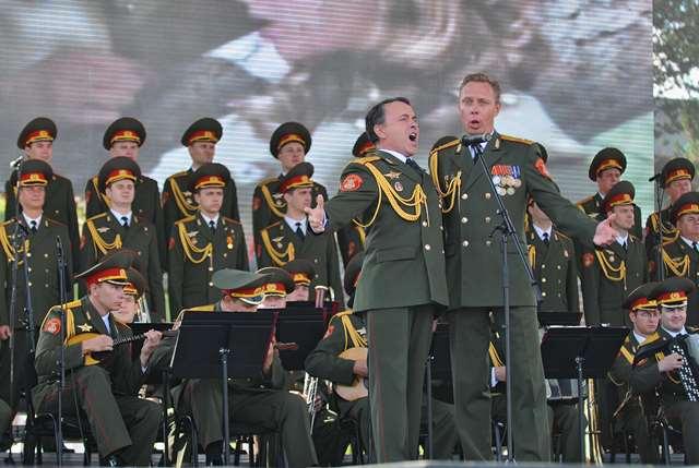 Na snímke ruský armádny súbor Alexandrovci