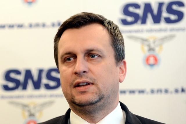 Na snímke predseda SNS Andrej Danko