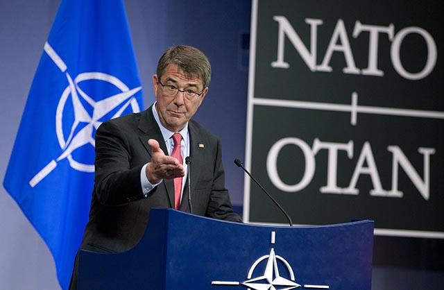 Americký minister obrany Ash Carter