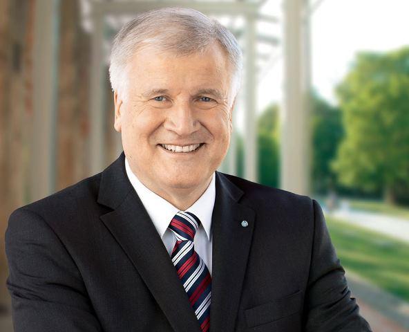 Na snímke  šéf Kresťanskosociálnej únie, bavorský krajinský premiér Horst Seehofer
