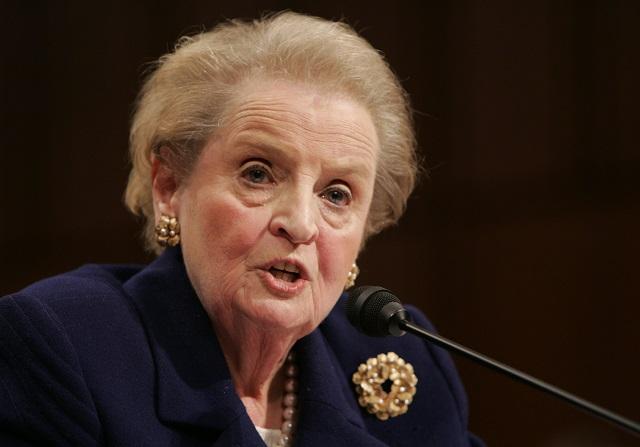 Na archívnej snímke bývalá ministerka zahraničných vecí USA Madeleine Albrightová