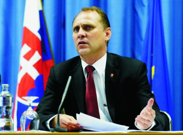 Na snímke minister pôdohospodárstva Vladimír Chovan