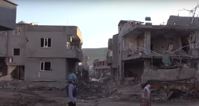 Novinár RT v tureckom meste Cizra