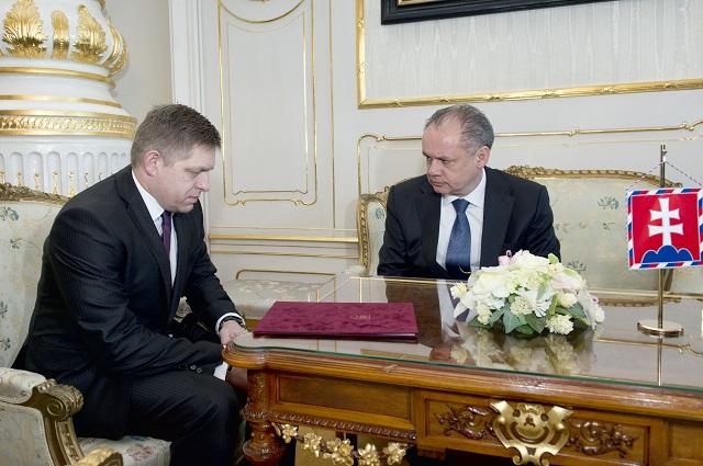 Prezident SR Andrej Kiska prijal dnes v Prezidentskom paláci v Bratislave predsedu strany Smer-SD Roberta Fica