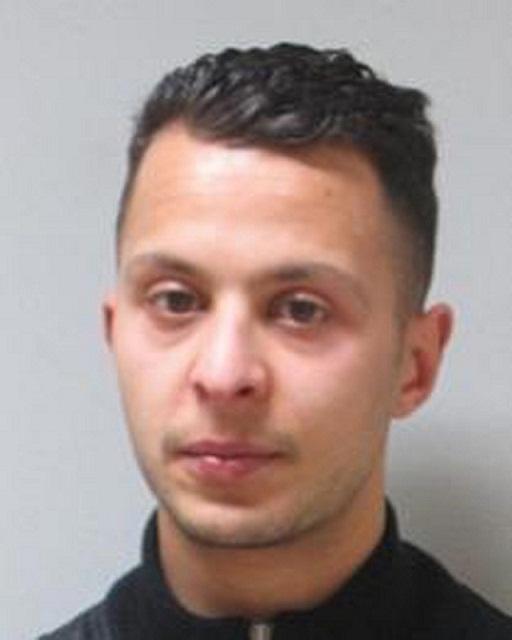 Na nedatovanej snímke, ktorú francúzska polícia zverejnila 19. novembra 2015 je hlavný strojca parížskych teroristických útokov Salah Abdeslam