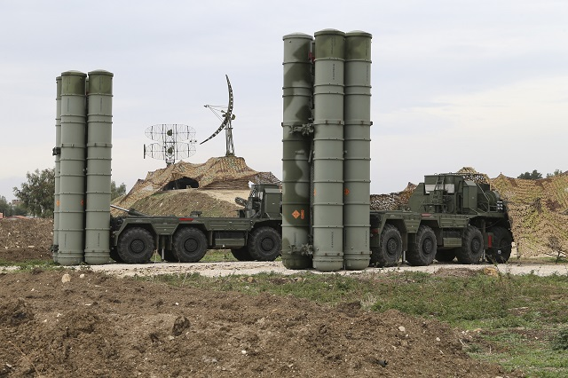 Ruské raketové komplexy zostávajú v Sýrii – sú aj naďalej v akcii