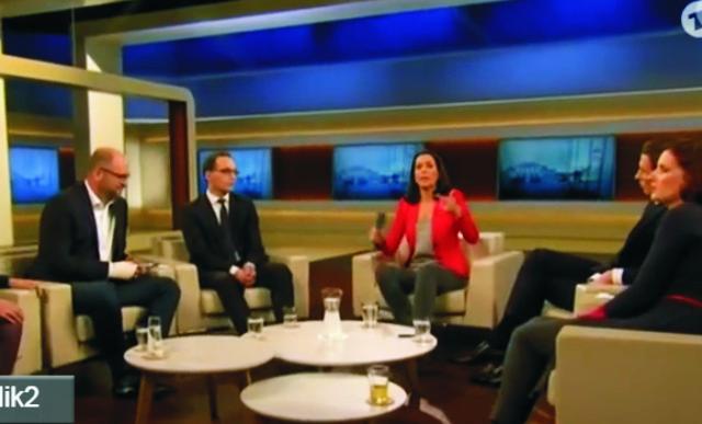 Vo včerajšej diskusnej relácii Anne Will v nemeckej verejnoprávnej televízii ARD vystúpil Richard Sulík ako zahraničný hosť po boku rakúskeho ministra zahraničia Kunza. Na snímka prvý zľava Richard Sulík, uprosted Anne Will a vedľa nej Sebastian Kunz