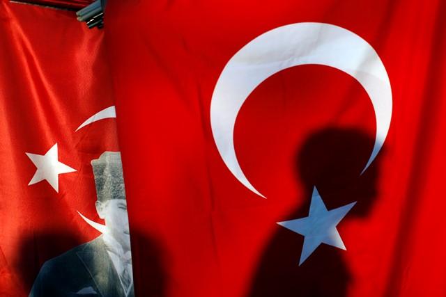 Na snímke turecká zástava