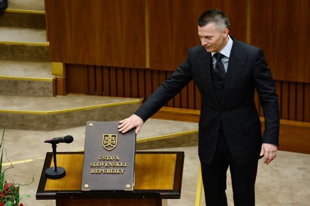 Na snímke Ján Počiatek (Smer-SD)