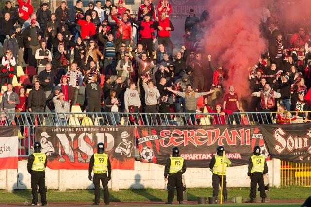 Na snímke fanúšikovia Trnavy v 28. kole Fortuna ligy ŠK Slovan Bratislava - FC Spartak Trnava